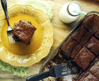 Decadent Flourless Chocolate Tahini Brownies