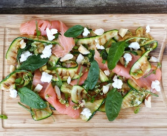 Courgette Salade met Zalm