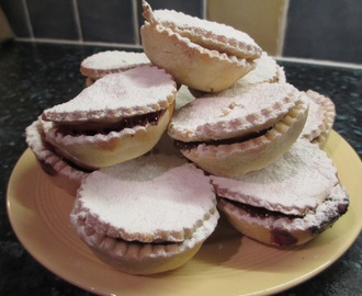 Gluten free Christmas cake and mince pies