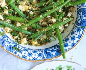 Green beans with Wensleydale and fried breadcrumbs