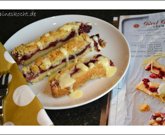 Red Berry Crumble Bars, Lecker Bakery