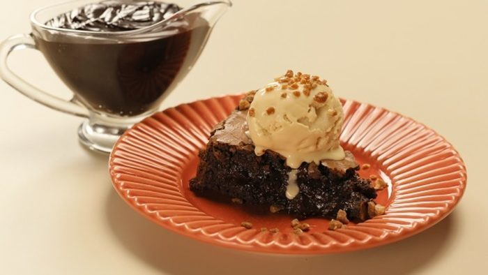 Brownie de chocolate com sorvete de doce de leite
