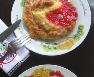 Twisted Danish Pastry With Cream Cheese Custard
