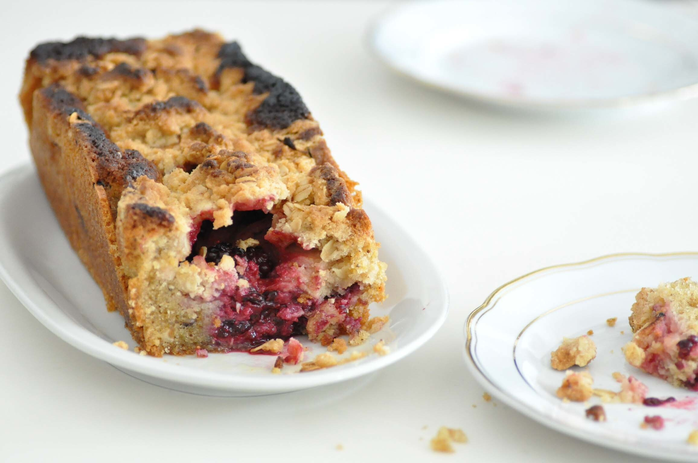 apple and blackberry cake // apfel-brombeer-kuchen