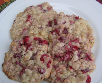 Fill The Cookie Jar: Fresh Cranberry Oatmeal Cookies
