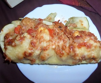 Madhouse recipe : Cheesy Chicken & Bacon Stuffed Marrow