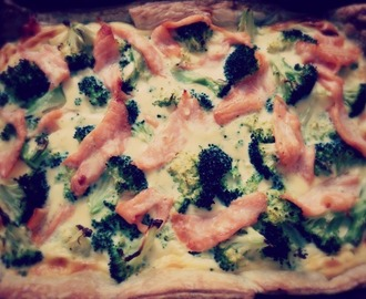 Quiche met broccoli en zalm