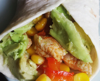 Cajun kip wraps met avocado