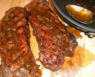 Grilled Steaks with Fig-Bourbon Sauce