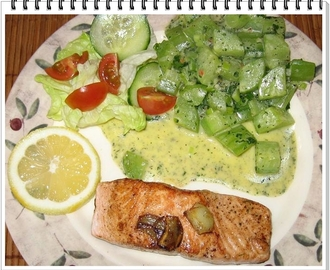 Wildlachs-Filets an Schmorgurke