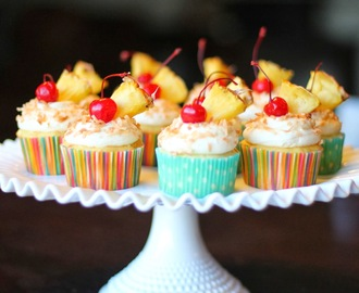 pina colada cupcake frosting party!