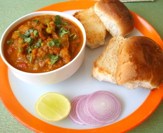 Pav Bhaji Recipe | How to Cook, Make All Age Favorite Mumbai's Special Pav Bhaji