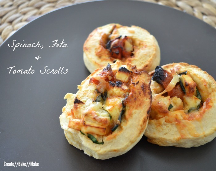 Spinach, Feta and Tomato Scrolls – Fabulous Foodie Fridays #20