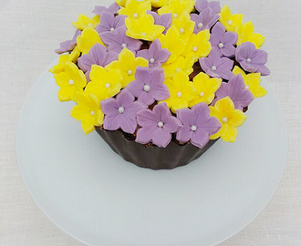 Mother's Day Flower Pot Cake