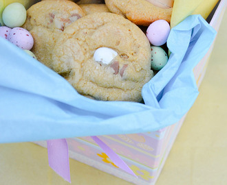 Easter Egg Chocolate Chip Cookies