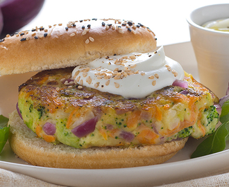 Hamburger di Verdure con Salsa di yogurt Total