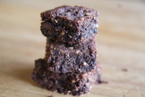 Chocolade-pindakaas brownie (vegan)