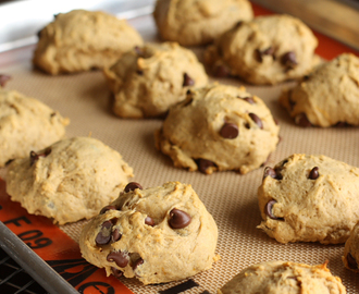 Pumpkin Chocolate Chip Cake Cookies