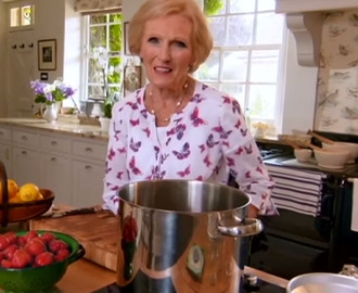 Making Jam With Mary Berry