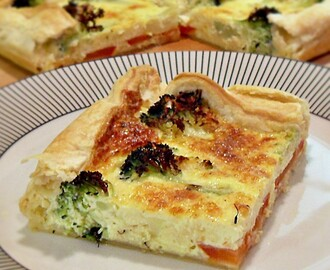 Broccoli & Tomato Quiche