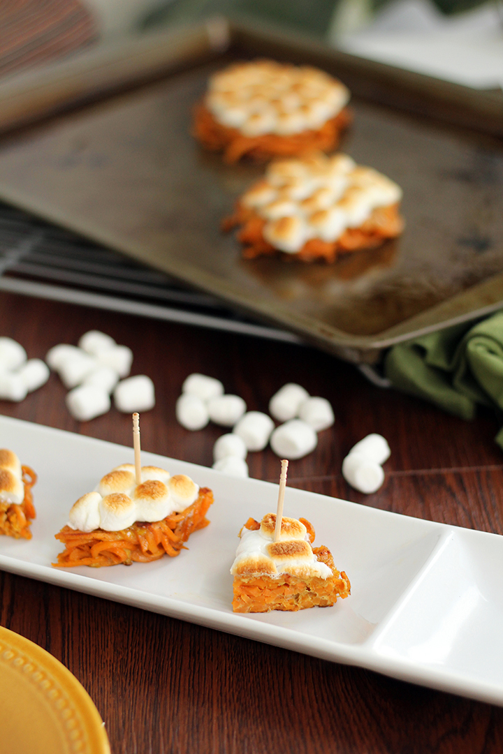 "Mini Sweet Potato ""Casseroles"" with Vegan Marshmallows (featuring the Inspiralized bun!)"