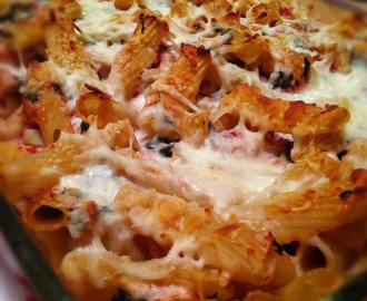 Spinach and Artichoke Baked Ziti