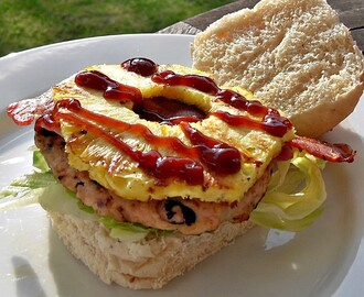 Flavours of Brazil Turkey Burgers with Bacon & Pineapple