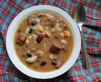 Spicy Ham and 10-Bean Soup #SundaySupper