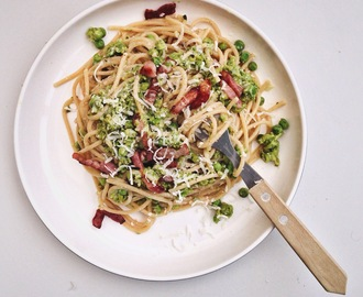 Skinny carbonara met doperwten en bacon