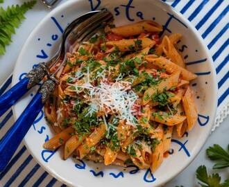 Penne all'arrabbiata med bacon
