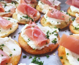 Ricotta and Prosciutto Cracker Appetizer