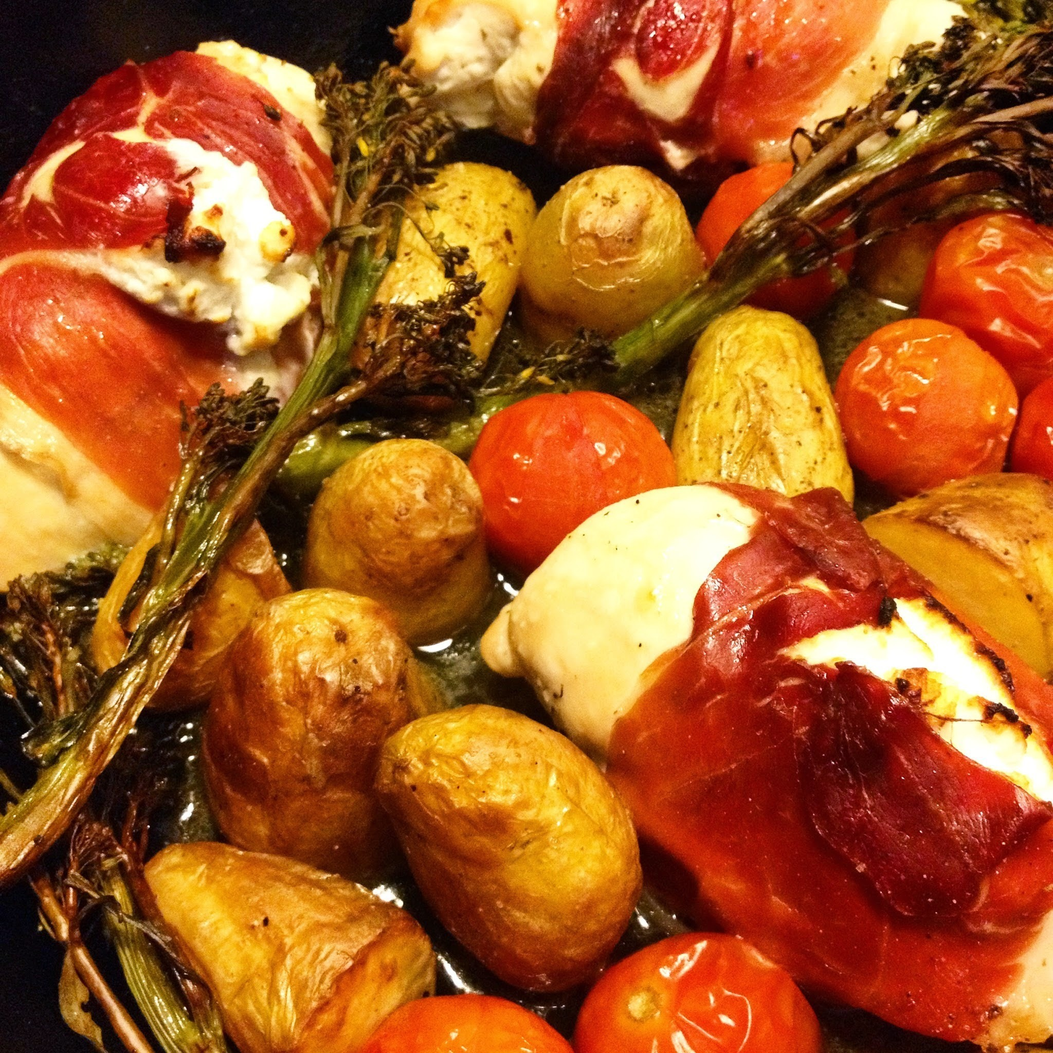 One pot, chicken stuffed with goats cheese and roast vegetables