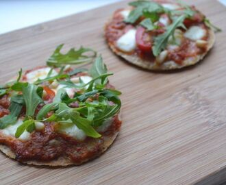 Havermout Pizza met Paprika tapenade