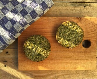 Quinoa boerenkool broccoli burger Tivall
