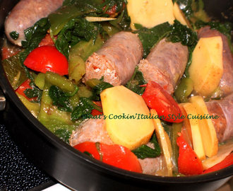 Sausage, Spinach, Peppers, Potato and Tomato Wine Skillet Recipe
