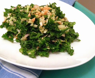 Chicken Kale Salad with Peanut Vinaigrette
