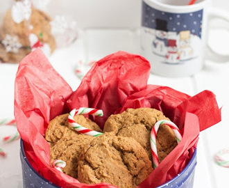 Molasses Cookies Recipe {Plus a GIVEAWAY} #GayLeaFoods