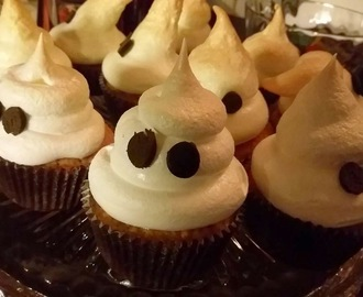 Kummitusmuffinit/Ghostly Cup Cakes