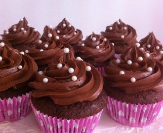 Suklaa cupcakes / Chocolate cup cakes