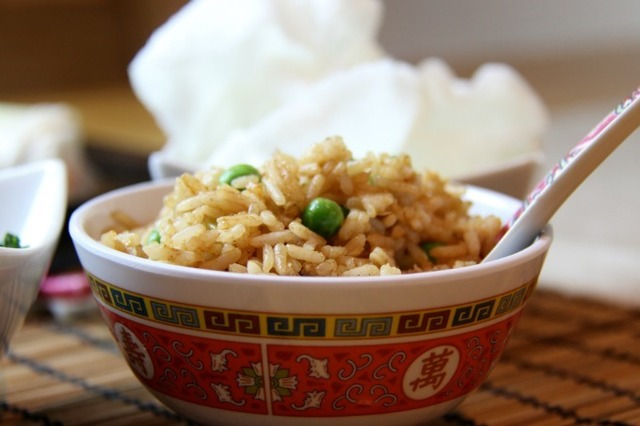 Chinese-Style Egg Fried Rice 'Fakeaway'