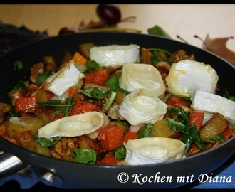 Kartoffel-Kürbis-Pfanne mit Ziegenkäse/ Potato and pumpkin pan with goat cheese