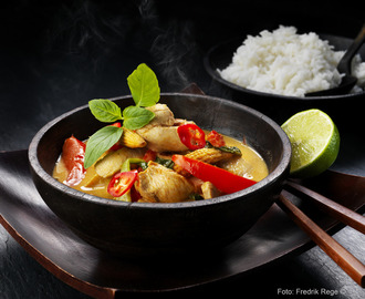 Kycklinggryta- Thai Red Curry