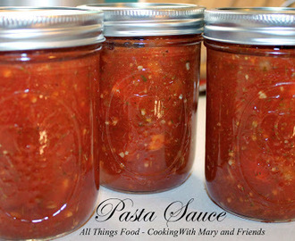 Homemade Pasta Sauce with Fresh Tomatoes
