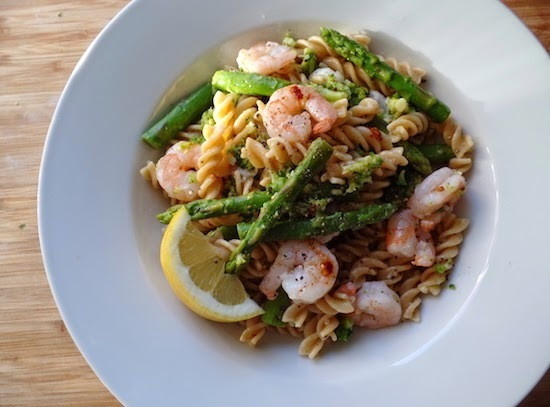 king prawn, asparagus and broccoli pasta.
