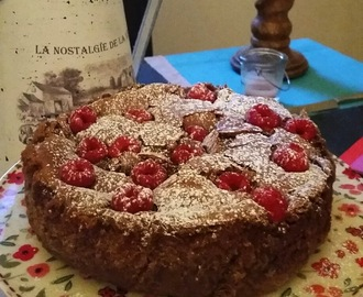 Gluten Free Flourless Chocolate and Raspberry Cake