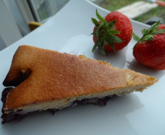 Blueberrycake, from breakfast till dessert, light and tasty