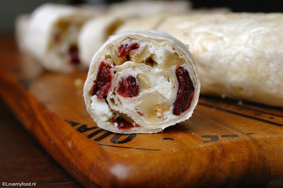 Wraps met cranberry, feta en walnoot
