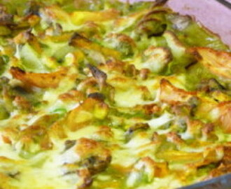 Baked vegetable Pasta in green sauce : Healthy casserole