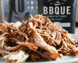 Slow Cooked Pulled Pork with BBQUE Sauce