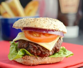 Easy Homemade Beef Burgers